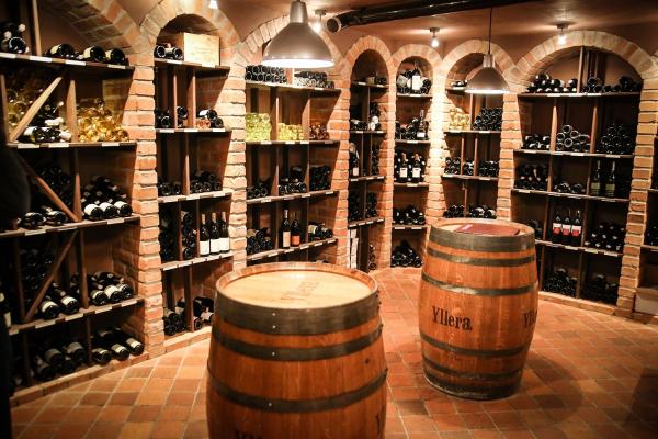 Sierakow wijnkelder